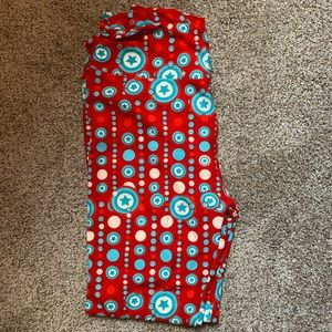 "Lularoe OS ""Captain America"" leggings"